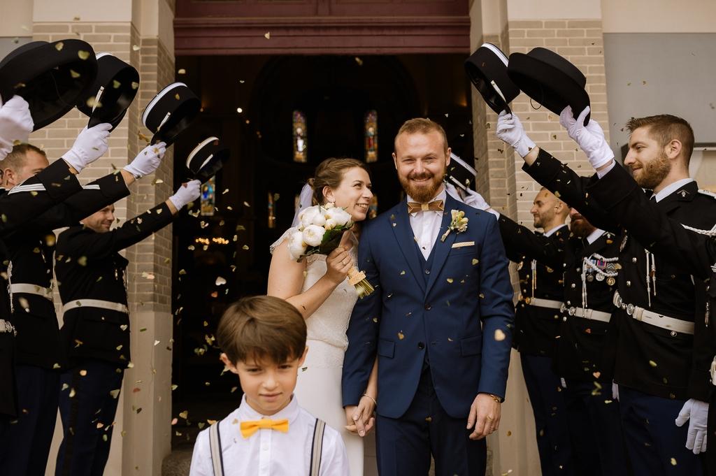 sortie église mariage haie d'honneur mariage Moinardière Vendée