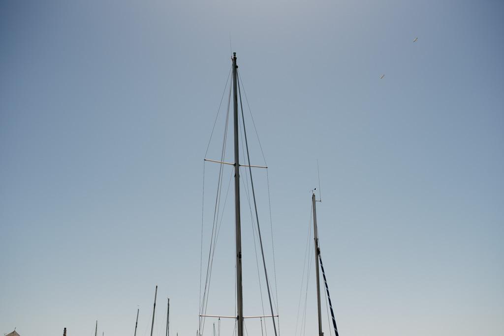 bateau Noirmoutier port ciel bleu soleil