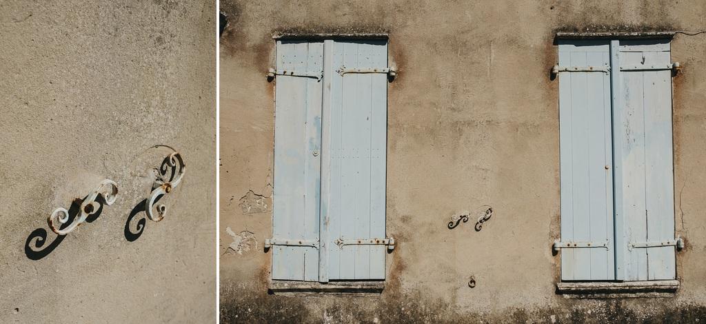 mur Noirmoutier volets bleus ombres