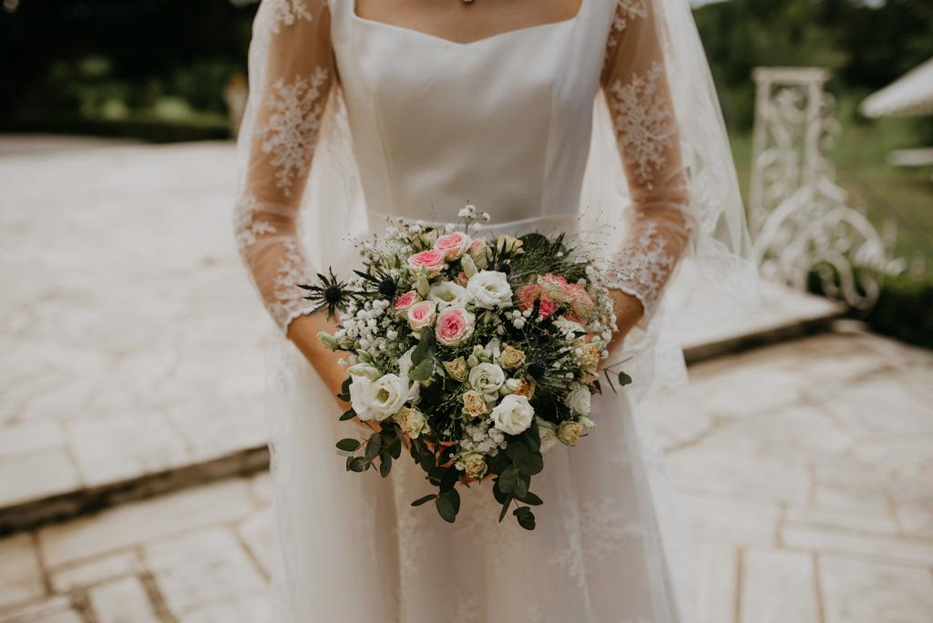 bouquet mariée roses mariage Mayenne
