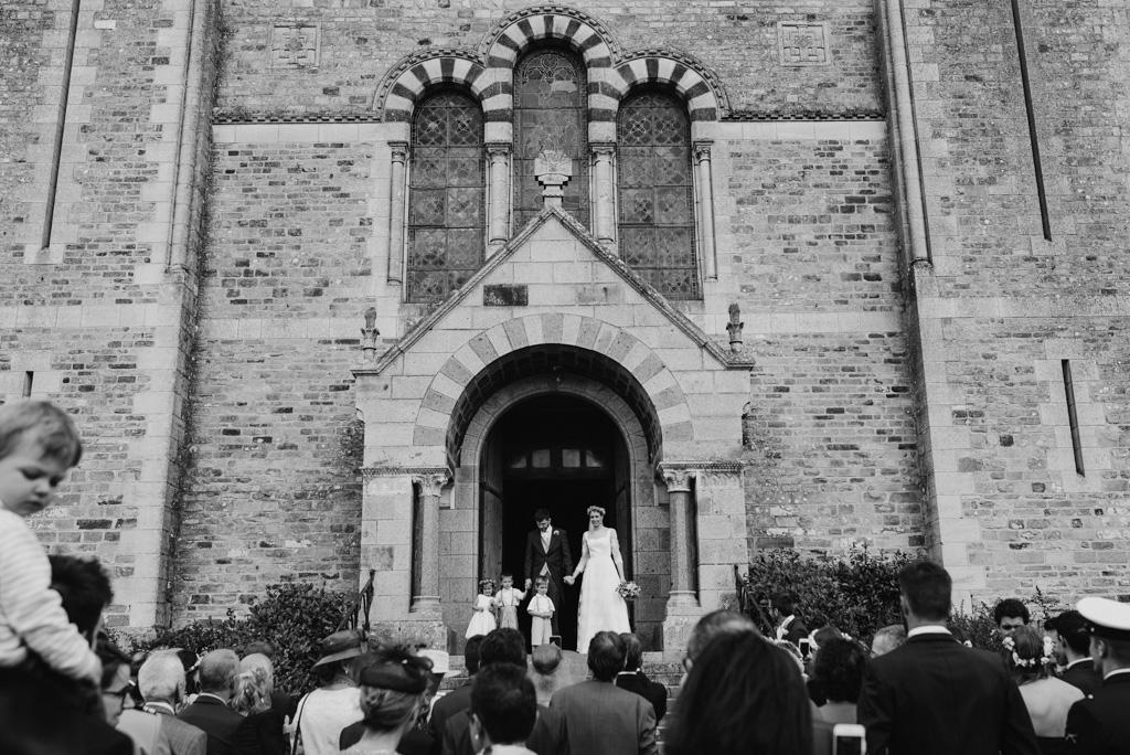 sortie mariés église Mayenne La Selle craonnaise
