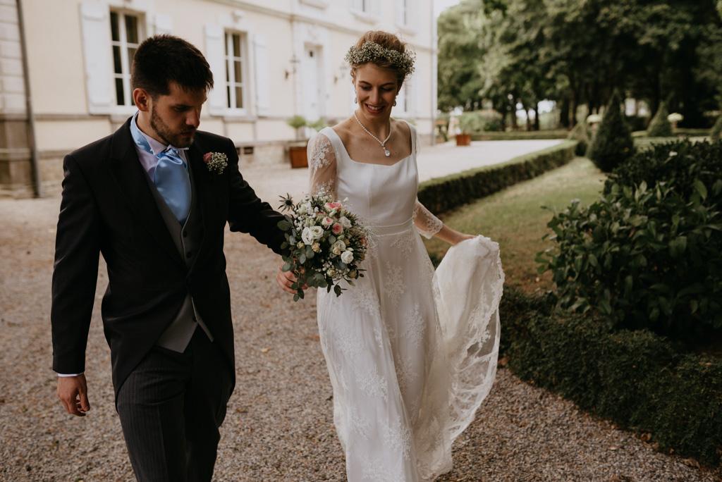 robe mariée bouquet balade