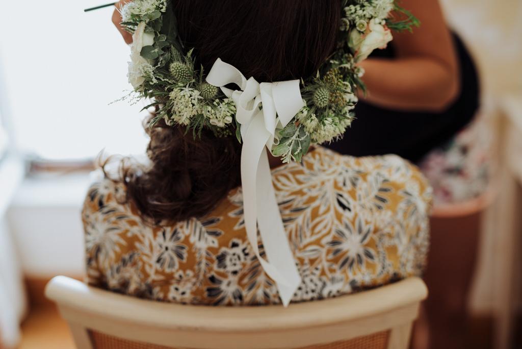 mariage Vendée Sébrandière couronne fleurs préparatifs mariée