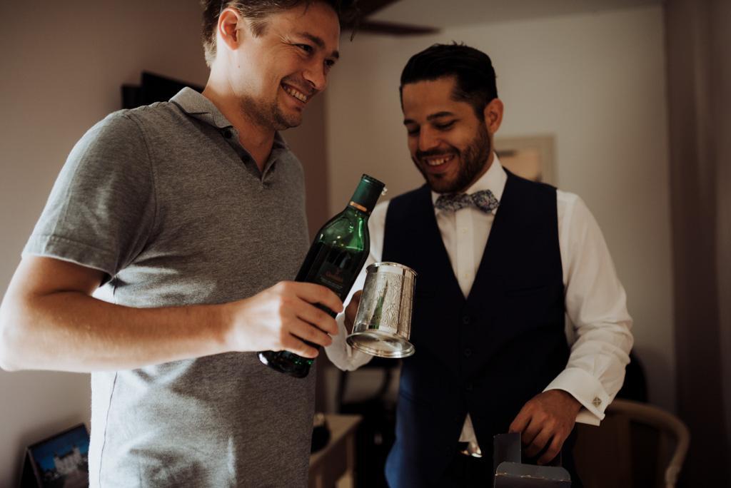 chope whisky témoin marié