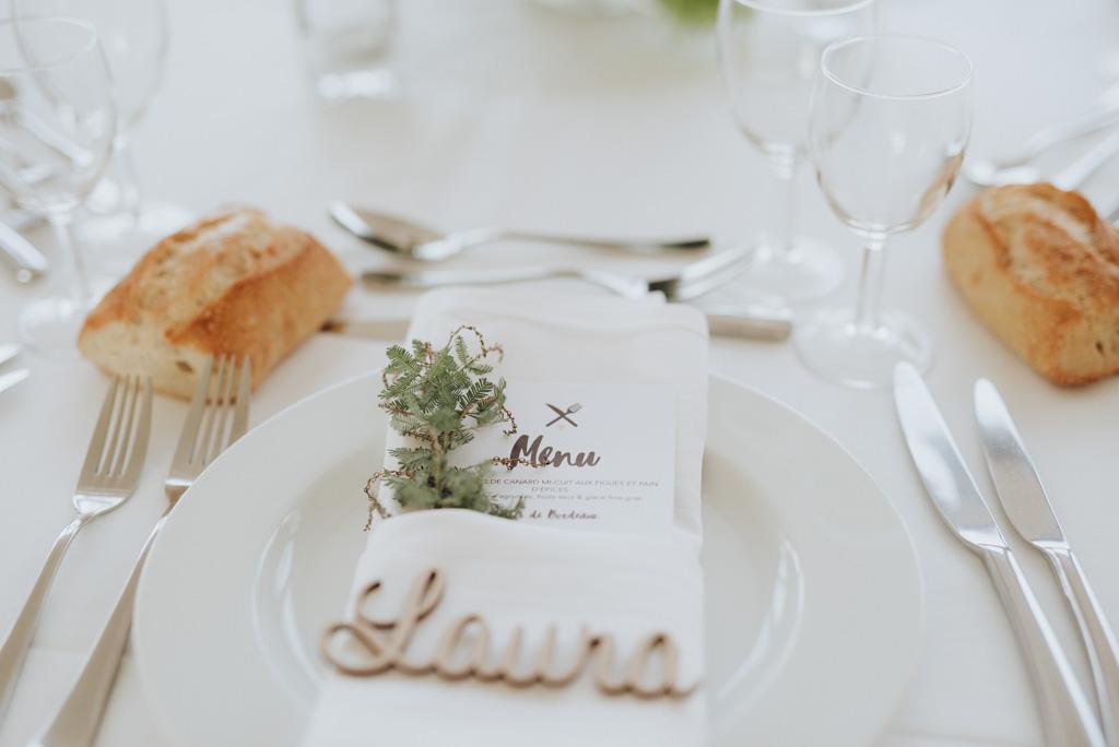table serviette décoration plante menu