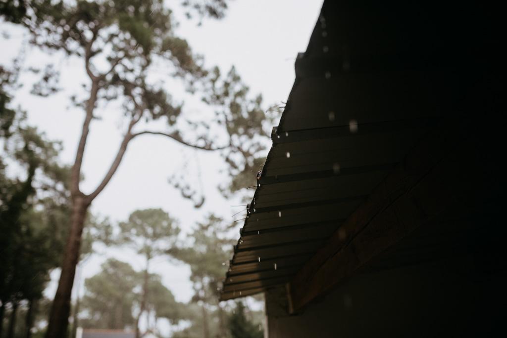 pluie abri gouttes arbres nuages Assérac séance engagement