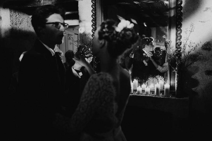 première danse miroir bal mariage bougies
