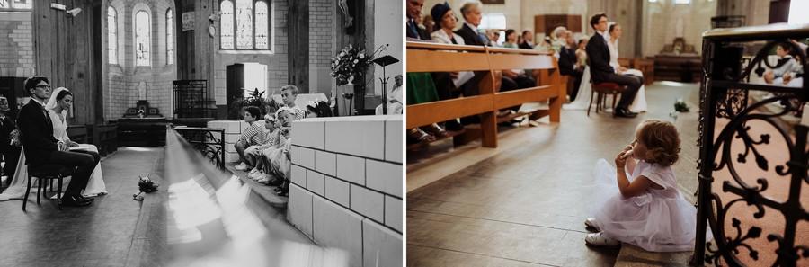 banc choeur église enfant assise