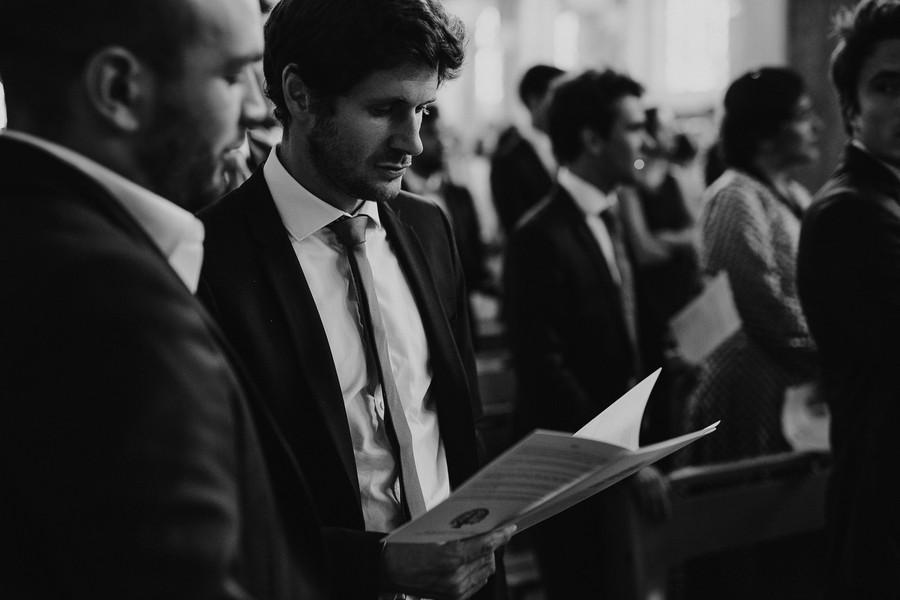 cérémonie mariage chants invités noir et blanc